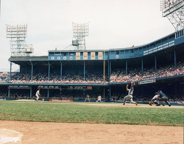 Baseball Diamond「Detroit Tigers V. St. Louis Cardinals At Tiger Stadium」:写真・画像(9)[壁紙.com]