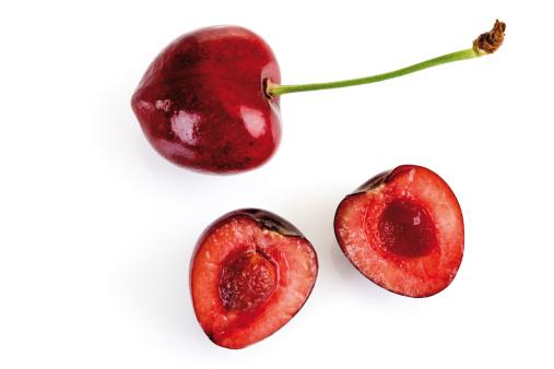 Cherry「Fresh sliced cherries, close-up」:スマホ壁紙(10)