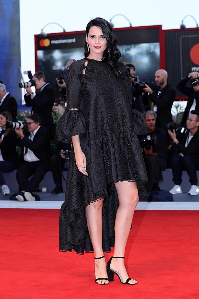 黒「Racer And The Jailbird (Le Fidele) Premiere - 74th Venice Film Festival」:写真・画像(16)[壁紙.com]