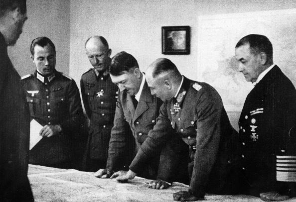 Ardennes Forest「Adolf Hitler」:写真・画像(0)[壁紙.com]