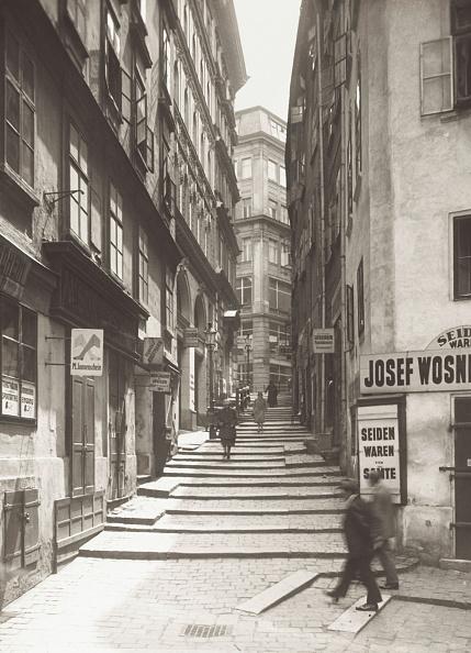 City Life「Vienna: Fischerstiege In Vienna. Around 1925. Lantern Slide.」:写真・画像(9)[壁紙.com]