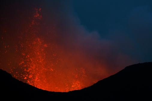 Goma「Nyamulagira volcano eruption」:スマホ壁紙(7)