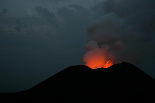 Goma「Nyamulagira volcano eruption」:スマホ壁紙(2)