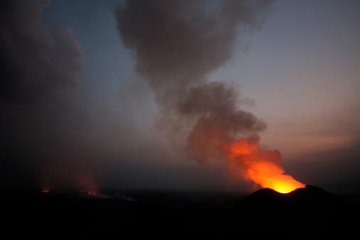 Goma「Nyamulagira volcano eruption」:スマホ壁紙(4)