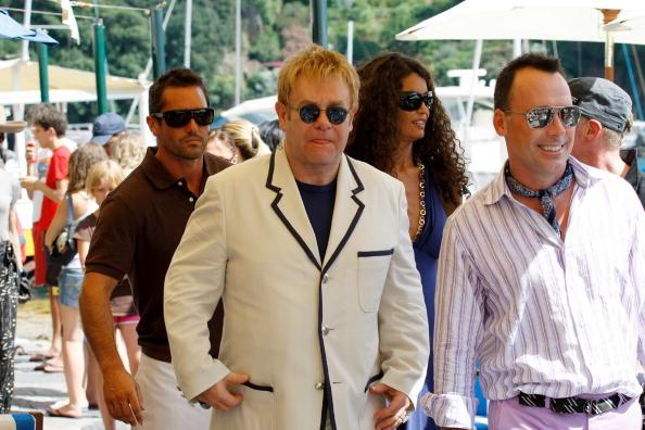 Casual Clothing「Sir Elton John and David Furnish Sightings In Portofino」:写真・画像(16)[壁紙.com]