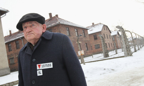 Survival「Wulff Attends Auschwitz Holocaust Commemoration」:写真・画像(14)[壁紙.com]