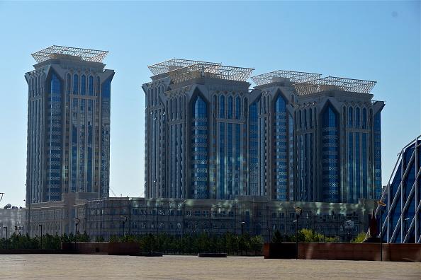 Richard Blanshard「Millennium Towers」:写真・画像(3)[壁紙.com]