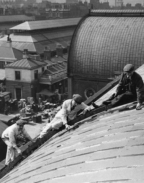 Recreational Pursuit「Roof Workers」:写真・画像(0)[壁紙.com]