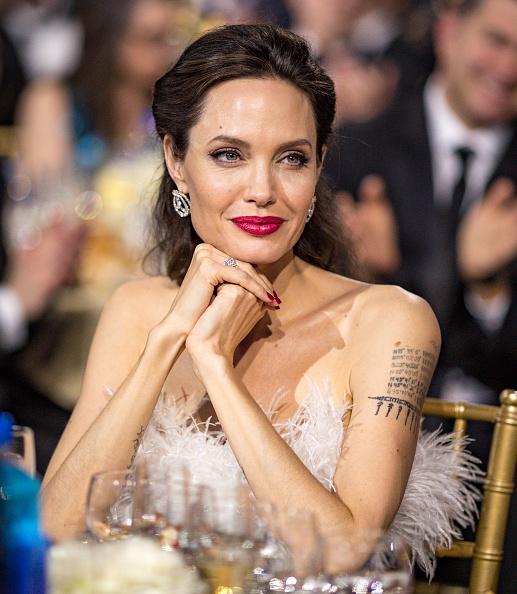 Angelina Jolie「The 23rd Annual Critics' Choice Awards - Inside」:写真・画像(1)[壁紙.com]