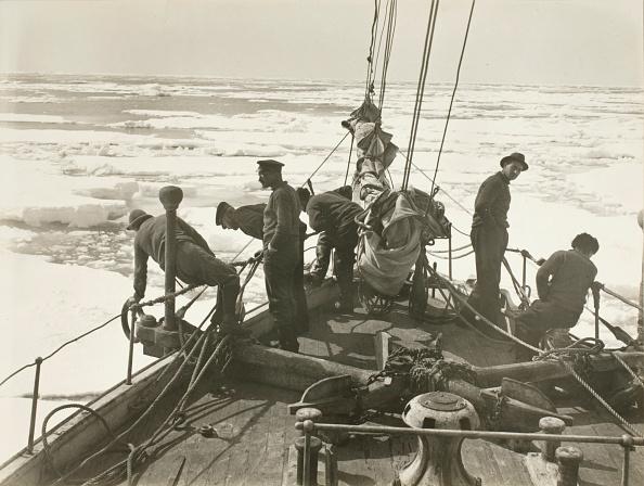 Endurance「Entering the pack ice, December 9, 1914」:写真・画像(19)[壁紙.com]