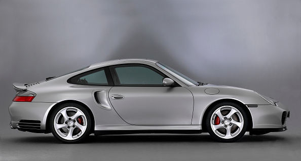 Side View「2005 Porsche 996 Turbo」:写真・画像(16)[壁紙.com]