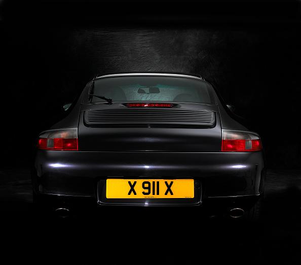Finance and Economy「2000 Porsche 996 Carrera」:写真・画像(19)[壁紙.com]