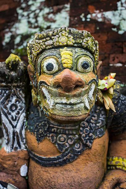 Statue, Taman Narmada Park, Lombok, Indonesia:スマホ壁紙(壁紙.com)