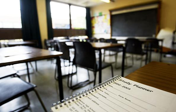 Classroom「Edenham High School Pupils Sent Home From Cash Strapped School」:写真・画像(12)[壁紙.com]