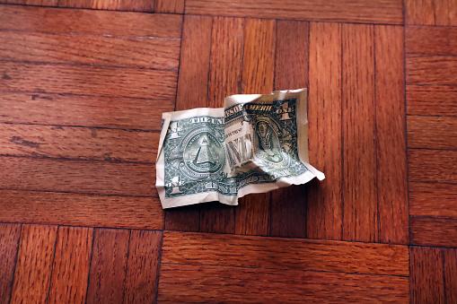 Better fortune「old wrinkled American one dollar bill」:スマホ壁紙(18)
