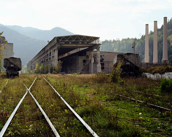 Construction Industry「Old cement factory in Bicaz-chei, Romania」:写真・画像(10)[壁紙.com]