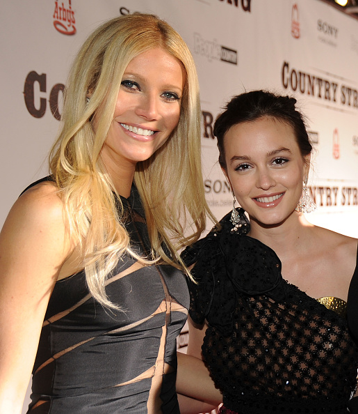 Sheer Fabric「Country Strong Premiere With Gwyneth Paltrow And Tim McGraw」:写真・画像(19)[壁紙.com]