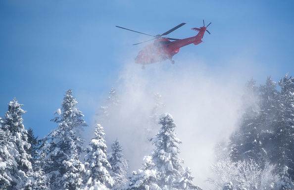 Helicopter「Austria And Southern Germany Inundated With More Snow」:写真・画像(15)[壁紙.com]