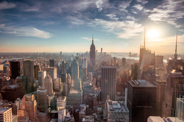 Helicopter aerial view of New York City:スマホ壁紙(壁紙.com)