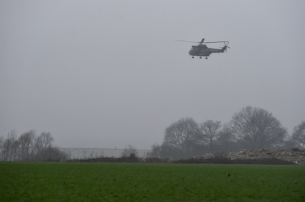 Charlie Hebdo「Manhunt For Charlie Hebdo Attackers Continues In Northern France」:写真・画像(19)[壁紙.com]