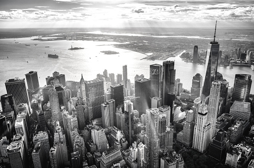 New Jersey「Helicopter view of downtown manhattan island, New York, at sunset」:スマホ壁紙(9)