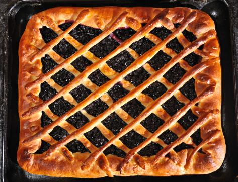 Griddle「blueberry pie on baking tray」:スマホ壁紙(0)