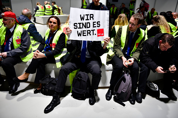 Germany「Security Personnel Launch Strike At Eight Airports」:写真・画像(3)[壁紙.com]