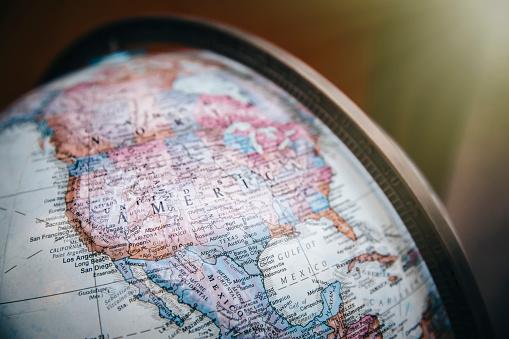 St「Close up of America on globe」:スマホ壁紙(8)
