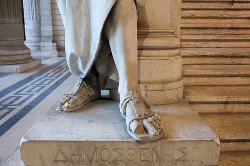 Belgium「Close up of feet of carved statue on marble pedestal」:スマホ壁紙(2)