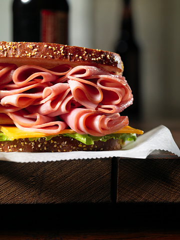 Delicatessen「Close up of ham and cheese sandwich」:スマホ壁紙(18)