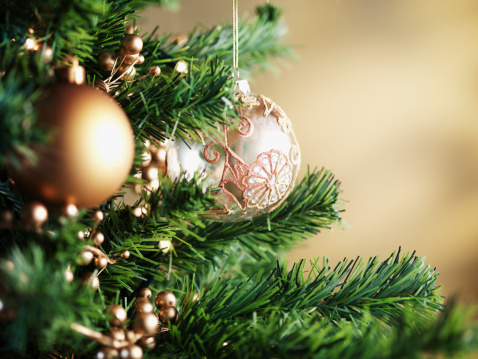 Branch - Plant Part「Close up of Christmas ornaments on tree」:スマホ壁紙(8)