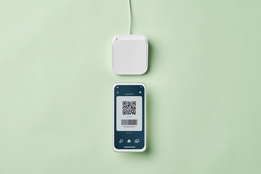 Mobile Payment「Close up of Contactless Payment」:スマホ壁紙(5)