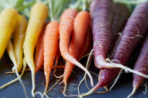 Carrot「Close up of colorful carrots」:スマホ壁紙(0)