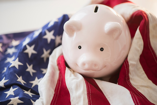 Election「Close up of piggy bank and American flag」:スマホ壁紙(16)