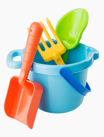 Bucket「Close up of toy pail and shovels」:スマホ壁紙(2)