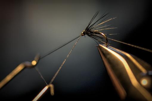 Human Hand「Close up of Vice and fishing fly」:スマホ壁紙(11)