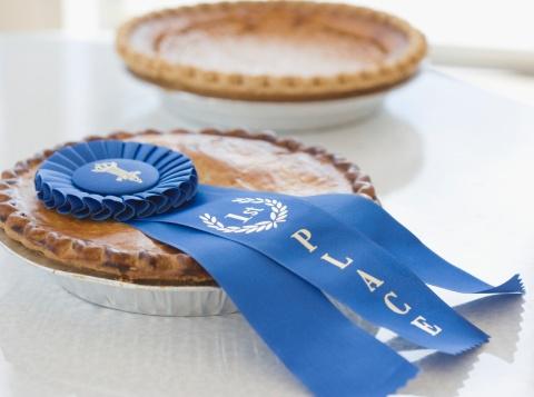 Achievement「Close up of blue ribbon on pie」:スマホ壁紙(18)