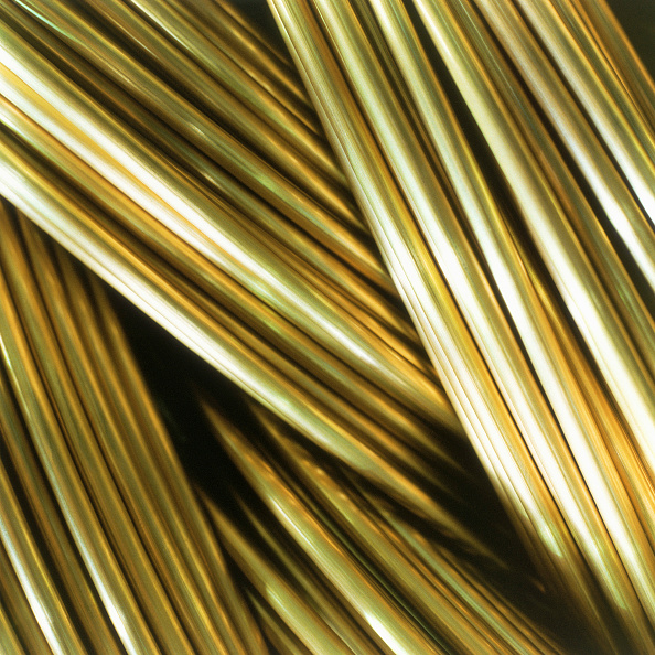 Textured「Close up of brass wires」:写真・画像(5)[壁紙.com]
