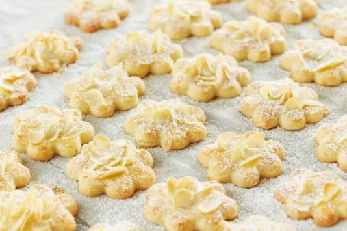 Cookie「Close up of Christmas cookies」:スマホ壁紙(14)