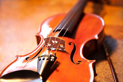 Violin「Close up of a violin」:スマホ壁紙(7)