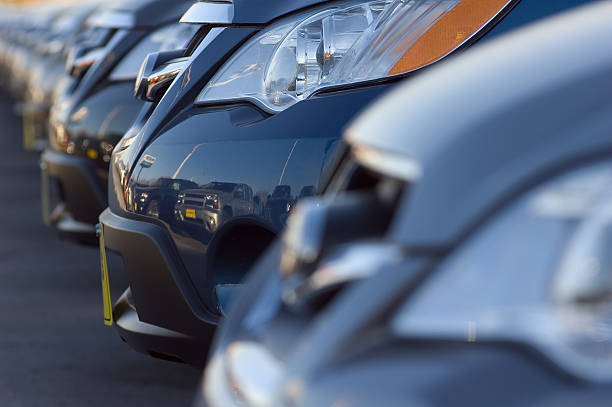 Close up of front bumpers of new cars:スマホ壁紙(壁紙.com)