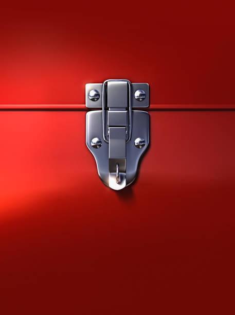 Close up of lock on metal box:スマホ壁紙(壁紙.com)