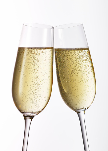 Two Objects「Close up of Champagne glasses on white background」:スマホ壁紙(16)