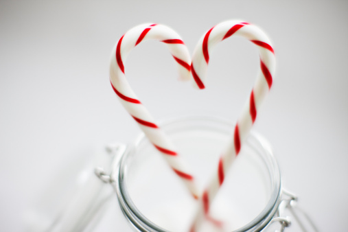 Candy Cane「Close up of candy canes forming heart-shape」:スマホ壁紙(15)