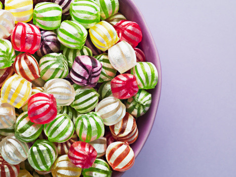 Candy「Close up of vibrant hard candy in bowl」:スマホ壁紙(12)