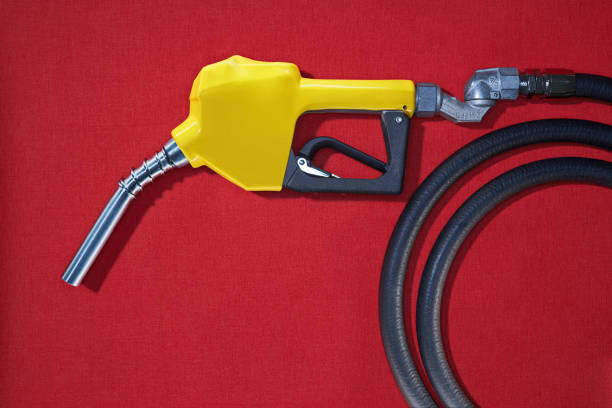 Close up of gasoline pump nozzle:スマホ壁紙(壁紙.com)