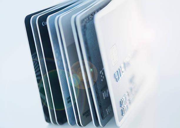 Close up of credit cards:スマホ壁紙(壁紙.com)