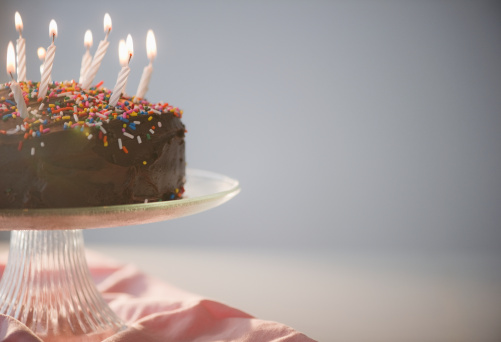Birthday Candle「Close up of chocolate birthday cake with candles」:スマホ壁紙(14)