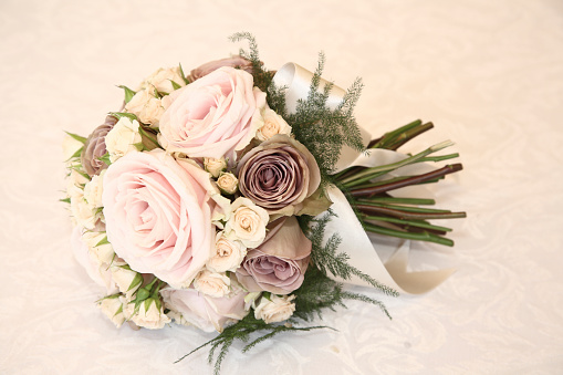 結婚「Close up of bridal bouquet」:スマホ壁紙(17)