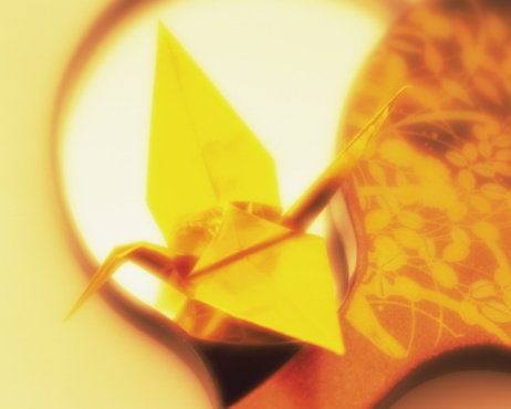 Hand Mirror「Origami bird on Japanese hand mirrors, high angle view, toned image, soft focus」:スマホ壁紙(2)